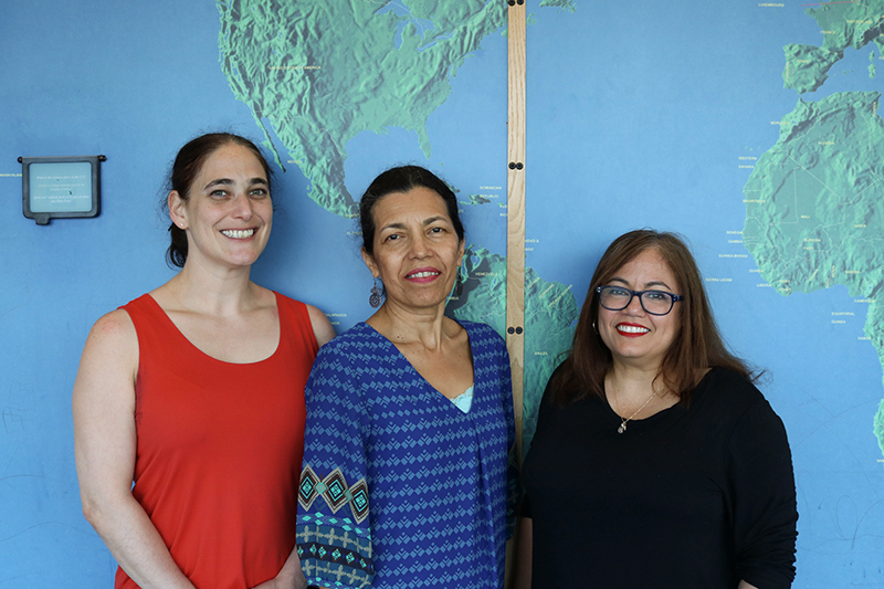 Left to right: Kara Hurvitz, Carmen Rosa Noroña, and Ivys Fernández-Pastrana.